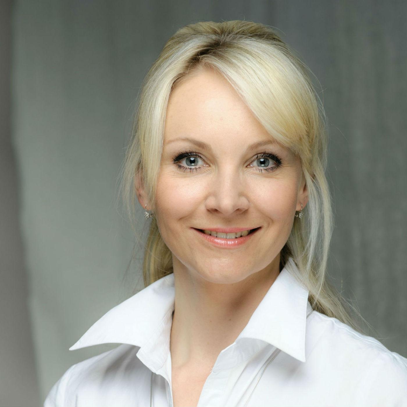 Host: herečka Jana Janěková