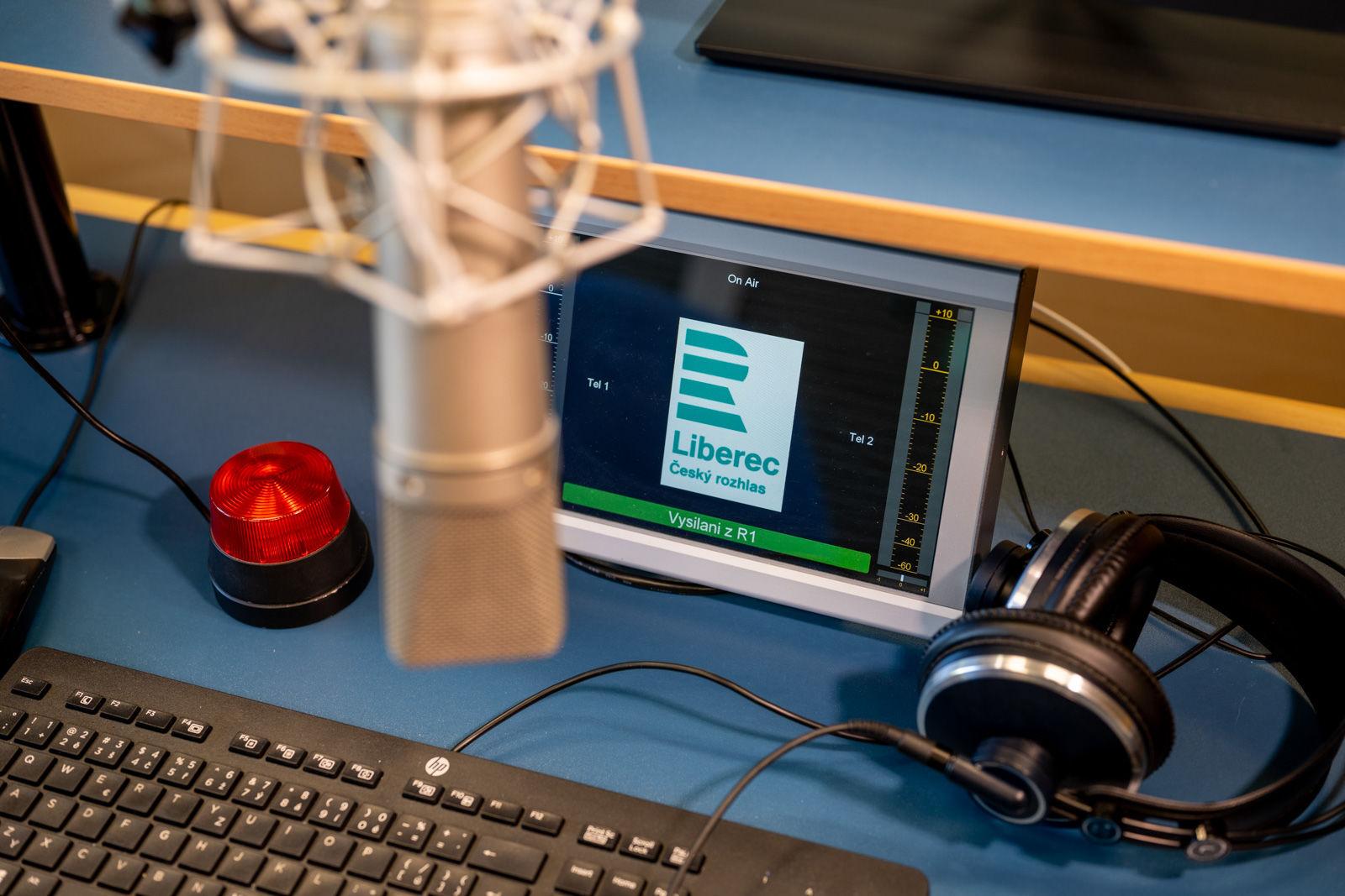 Obrázek Setkání u mikrofonu, Setkání se zajímavými osobnostmi, nejen z…